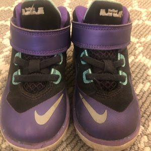 Toddler Girls Nike High Tops, size 7